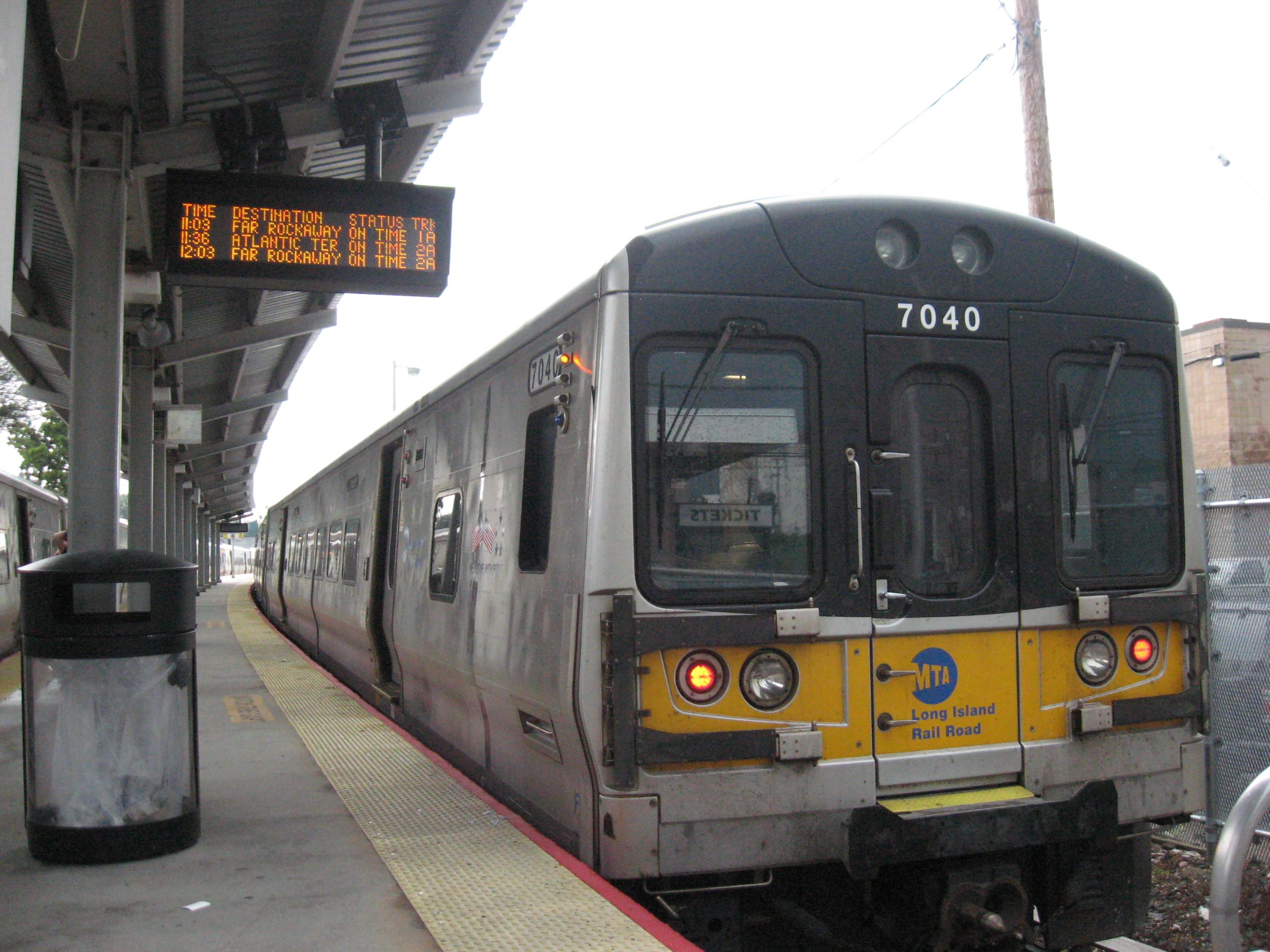 Jamaica Long Island Train